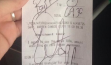 Warren Sapp Leaves $0 Tip, Waitress Posts Bill on Twitter, Internet Has Strong Opinions! (Pic)