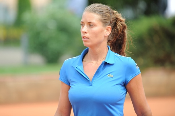 Female hot player tennis women apologise