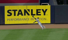 Ezequiel Carrera Sprawls Out to Give Us One More Candidate for 'Catch of the Year' (GIF)