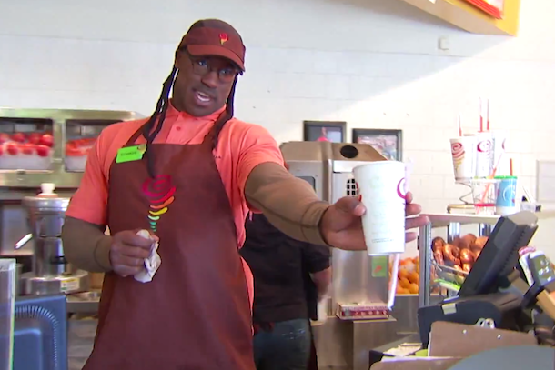 Vernon Davis goes undercover at Jamba Juice