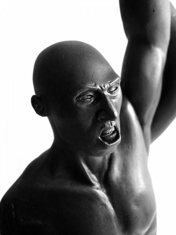 kobe statue 1