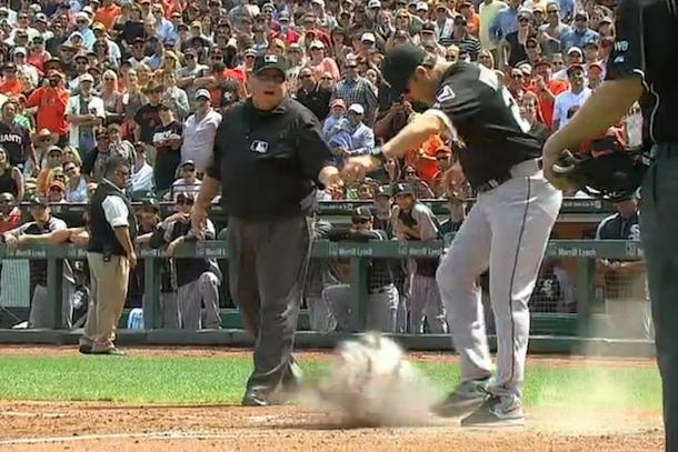 robin ventura tirade kicks dirt on home plate