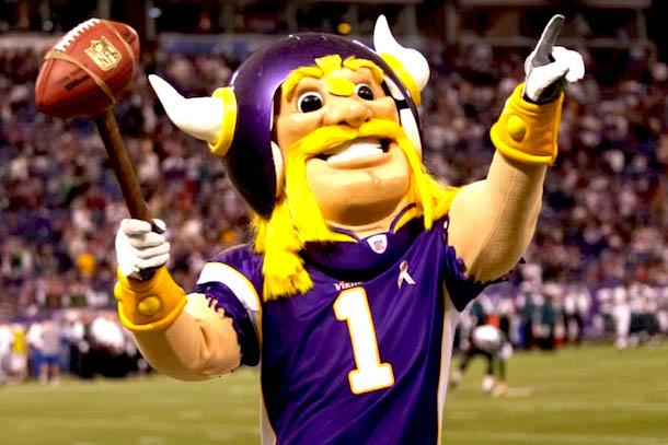 10 Viktor Minnesota Vikings mascot - creepy NFL mascots