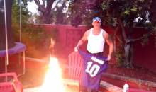 Angry Giants Fan Burns Eli Manning Jersey (Video)