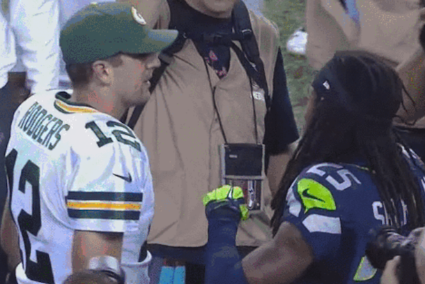 aaron rodgers leaves richard sherman hanging after game