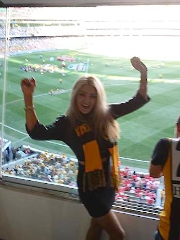 heather mccartney naked australian football fan 4