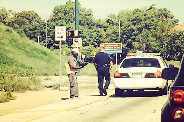 roy hibbert witnesses police officer giving boots to a homeless man