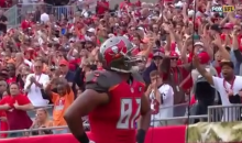 Austin Seferian-Jenkins Gets a Little Captain in Him after Scoring (Video)