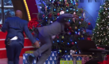 Watch Kenny Smith Push Shaq Into a Christmas Tree (Video)