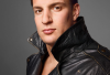 http://www.totalprosports.com/wp-content/uploads/2014/12/Rob-Gronkowski-photoshoot-with-kittens-8-321x400.png