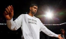 Tim Duncan Donation Gives $250k to Local Cancer Research Project