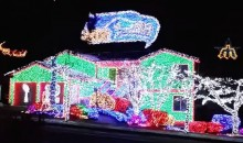 Seattle Superfan's Seahawks Christmas Lights Display Is Insanely Awesome (Video)