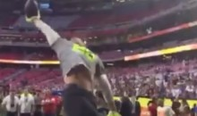 Check Out This JJ Watt One-Handed Catch During Pro Bowl Warm-Ups (Video)