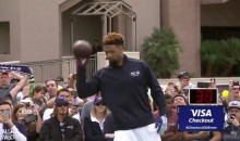 Odell Beckham Sets Record For One-Handed Catches in a Minute (Video)