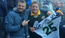 Kind Seahawks Fan Gives His Jersey to Packers Fan Following NFC Championship (Pic)