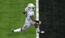 Oregon Receiver Byron Marshall Nearly Blew His 70-Yard Touchdown with an Epic Celebration Fail (GIFs)