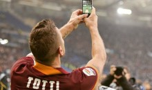 Francesco Totti Selfie Goal Celebration Was the Highlight of Yesterday's Roma-Lazio Game (Video + Pics)