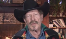 "Kinky Friedman on Jerry Jones and Chris Christie: It's a ""Latent Homosexual Relationship"" (Video)"
