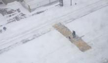 Local Residents Shovel Two Feet of Snow Off Boston Marathon Finish Line (Photos)