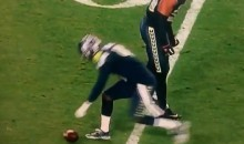 Seattle Seahawks Byron Maxwell Checks Football To See If It's Deflated During Super Bowl XLIX (Video)