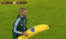 Feyenoord Fans Throw Inflatable Banana at Roma's Gervinho (Video)