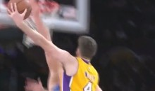 This Horrible Shot Sums Up the Knicks-Lakers Game (Video)