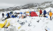 Mount Everest Base Camp Hit by Earthquake Avalanche (Video)