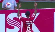 Brazilian Soccer Player Flips Off His Own Fans, Gets Ejected (Video)