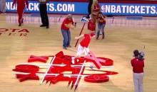 These Rockets Fans Really Sucked at the Tic-Tac-Toe Halftime Contest (Video)
