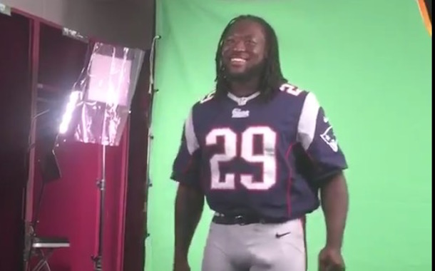 Legarrette Blount S Bulge Can T Be Contained Video Total Pro Sports