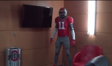 An OSU Staffer Posed as a Mannequin and Terrified His Team (Video)