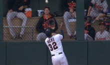 This Incredible Aaron Hicks Over-the-Shoulder Basket Catch Is Shades of Willie Mays (Video)
