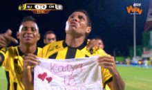 Colombian Soccer Player Celebrates Goal by Proposing to Girlfriend (Video)