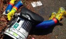 Eagles Fan Demolishes Something Called hitchBot (Video)