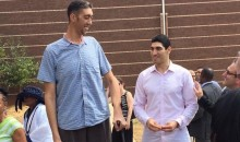 World's Tallest Man Makes Enes Kanter Look Tiny (Pic)