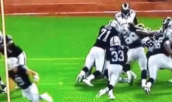 Trent Richardson Run Into Tacklers
