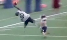 Check Out This Incredible One-Handed Catch from Canadian College Football (Video)