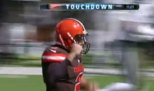 Johnny Manziel Enters Game, Throws First Career TD (Video)