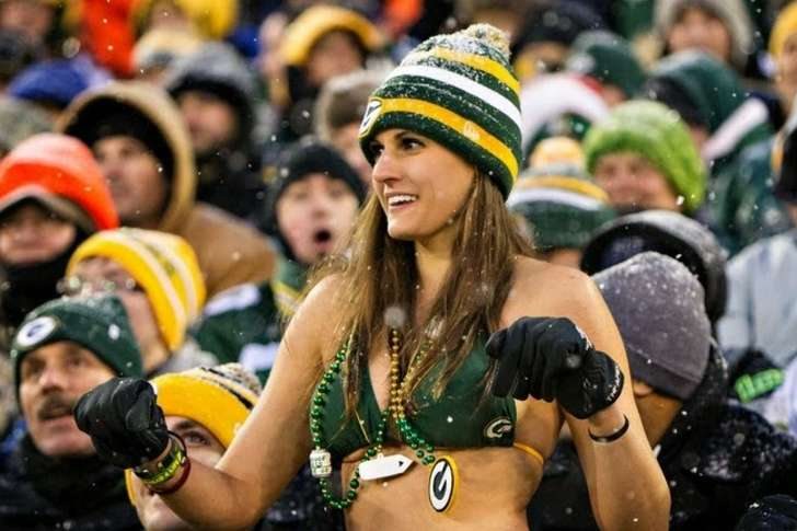 Packers fans who wear bikinis in subzero temperatures.