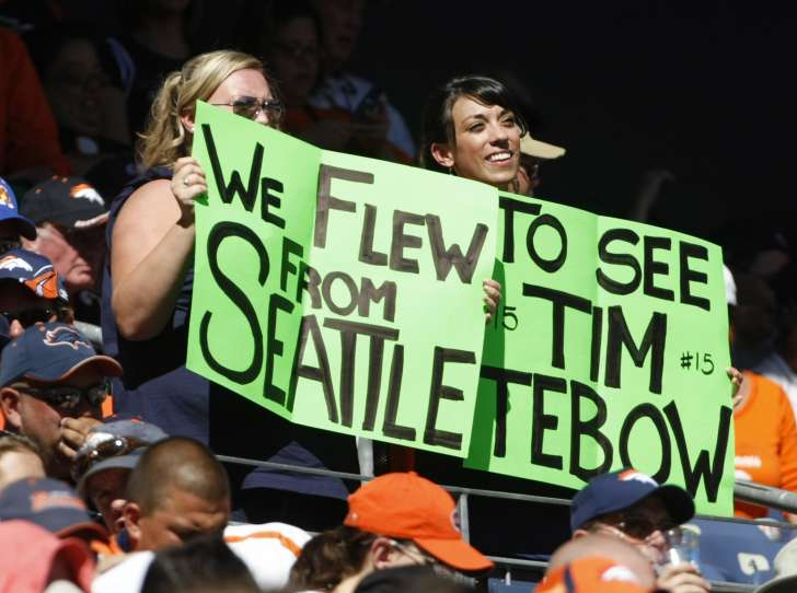 Tebow worshipers… Nobody likes them.