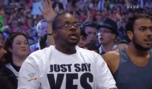 25 Awesome GIF's of Amazing Wrestling Fans  (Video)