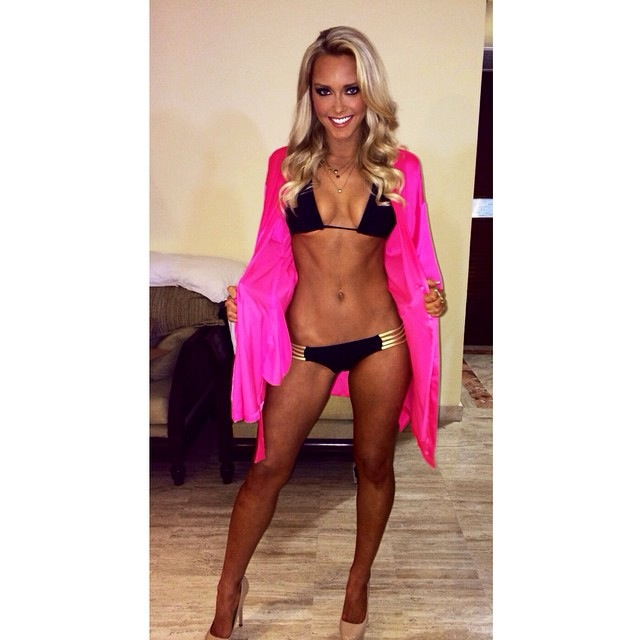 Camille Kostek Outtakes: Rob Gronkowski Doesn't Use Snapchat. Here's Why...