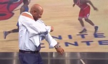Kenny Smith Tore Off His Sleeves Last Night, LeBron-Style (Video)