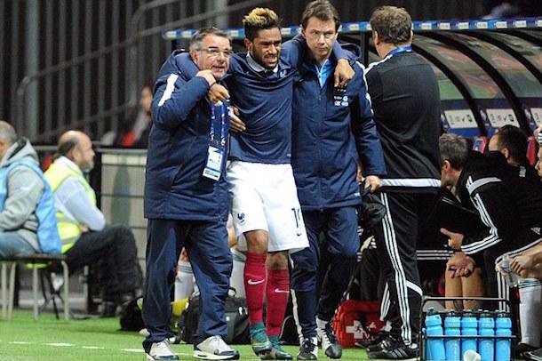 aston villa jordan amavi horrific knee injury