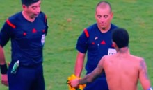 Neymar Tries Jersey Exchange with Ref, Gets Rejected (Video)