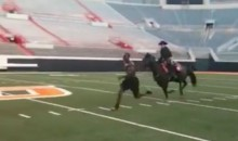 Dez Bryant Raced a Horse In College (Video)