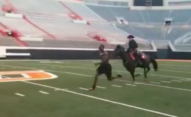 Dez Bryant Raced A Horse In College Video Total Pro Sports