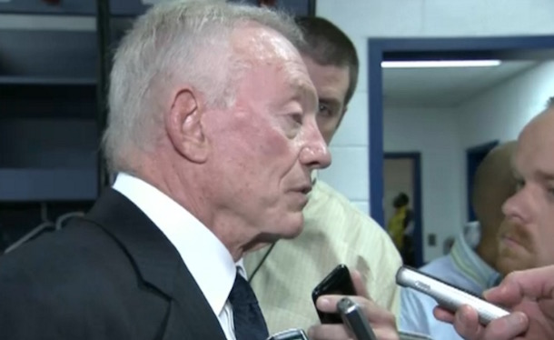 Jerry Jones criticize coaching staff