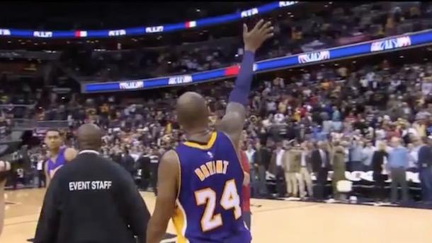 Kobe Bryant applause Washington