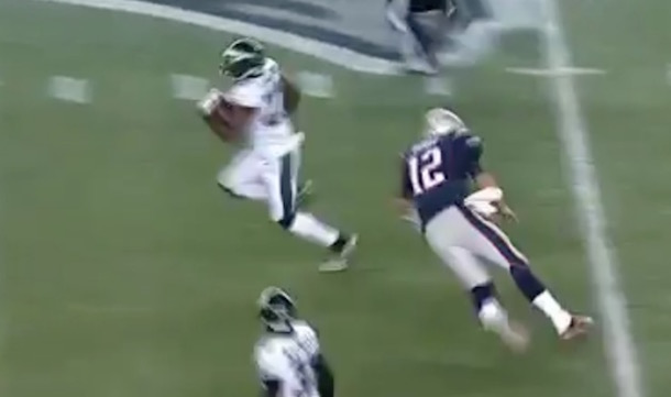 Tom Brady tackle attempt